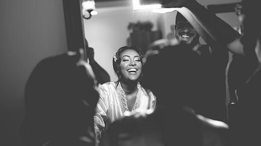 צלמי וידאו לחתונה צילום מחוץ לעדשה הכנות