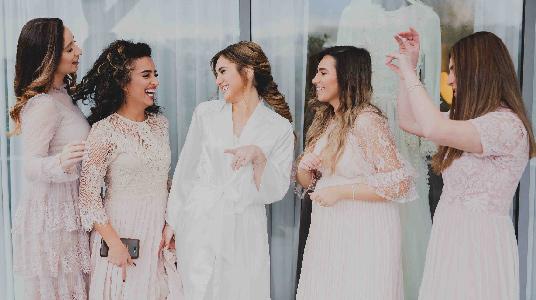 צלם חתונות הכנות צילום מחוץ לעדשה