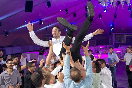 עלות צלם לחתונה ריקודים